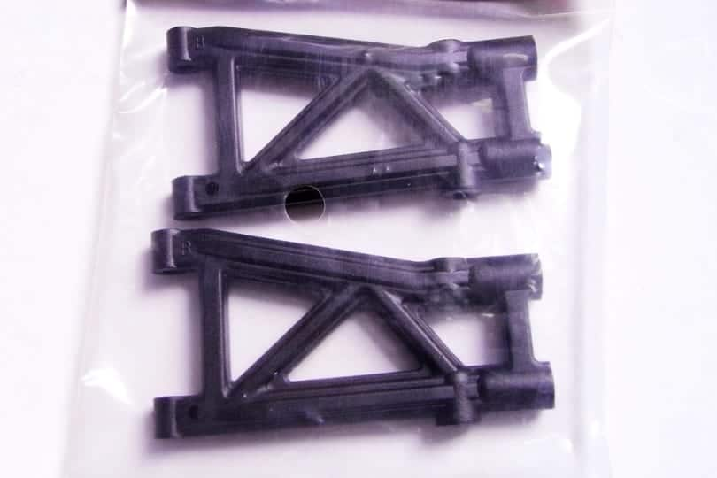 08050 Rear Lower Arms