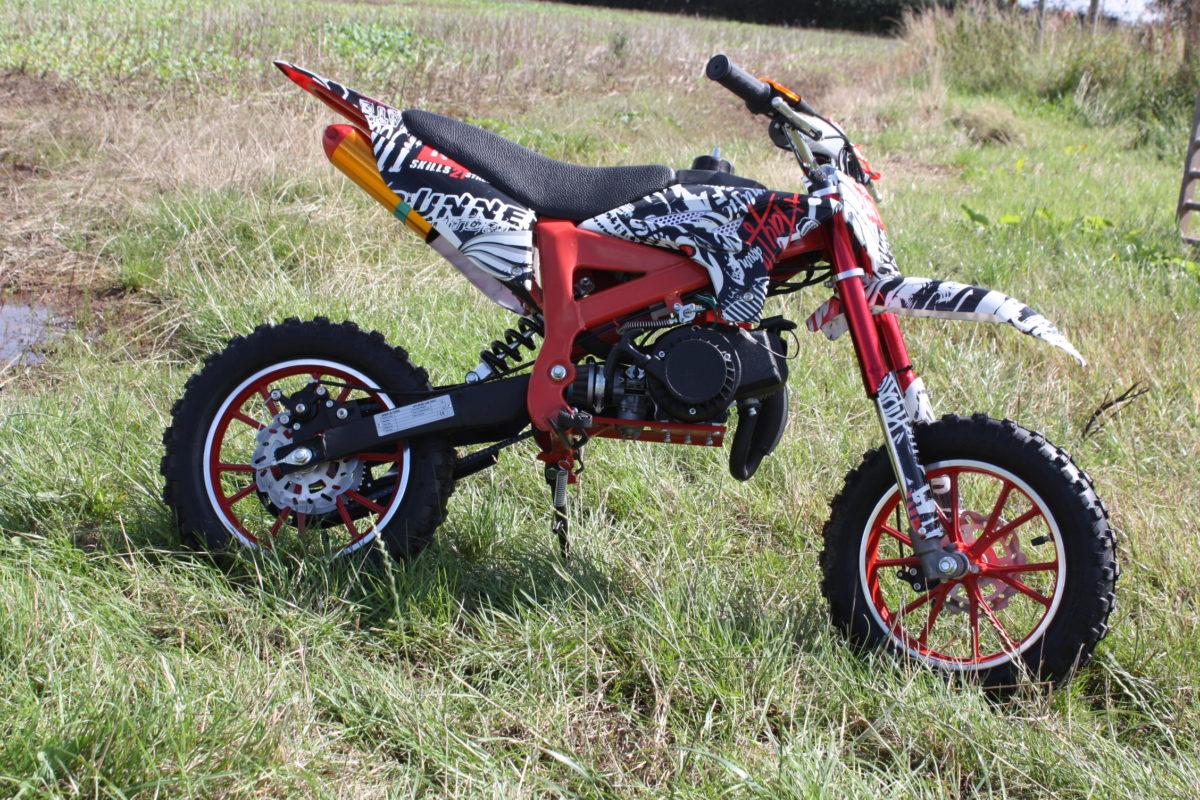 Hawkmoto Kids Dirt Bike Strike 50cc – Zombie Edition