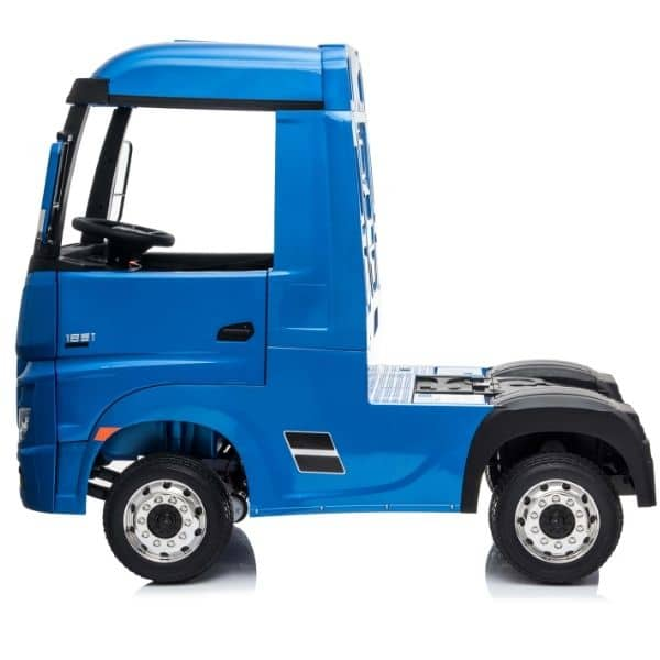 Kids-Mercedes-Actros-metalic-blue-7